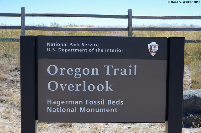 Oregon Trail Overlook Sign