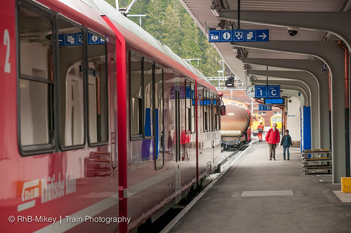 Station Arosa - 01-5-2015 | by RhB-Mikey