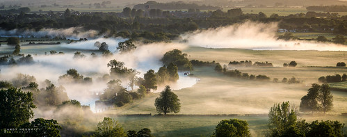 morning trees england mist rural sunrise river landscape boats countryside canal unitedkingdom lock sony gb fields tamron riverthames oxfordshire southoxfordshire dayslock littlewittenham a99 sonyalpha andyhough slta99v andyhoughphotography tamronsp70200di