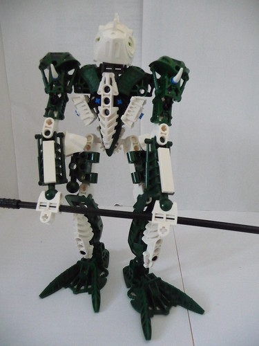 A green and white toa | by Cѳpnfl