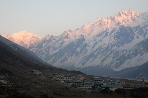 nepal sunset np langtang centralregion kyanjingompa