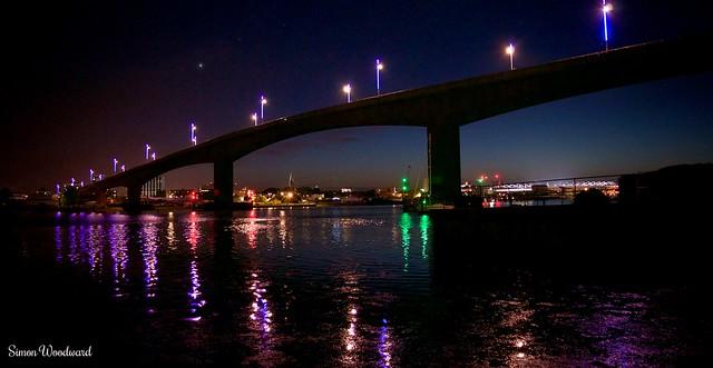 Itchen Bridge by night