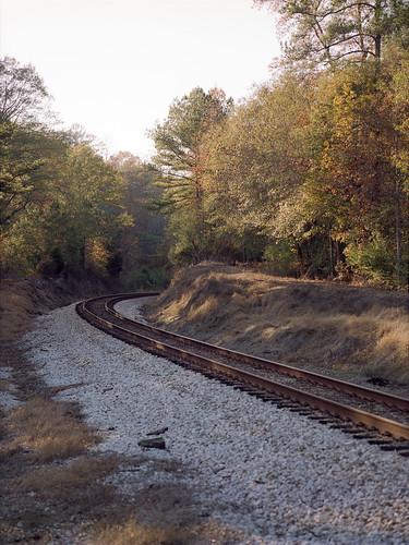film landscape evening birmingham woods kodak alabama traintracks expired 220 portra160nc colornegative iso160 mamiya645protl 6x45cm mamiyasekor110mmf28