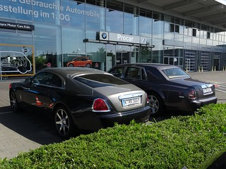Köln Rolls Royce Motor Cars Two Roll Royces In Front The Flickr