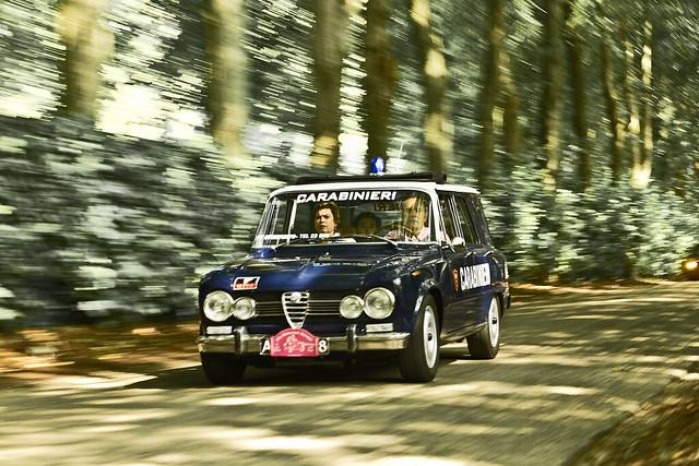 Alfa Romeo Giulia 1600 Super Giardinetta / Giorgetti Carabinieri 1972* (5814)