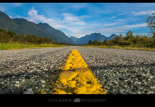 pittmeadows pittlake rannieroad vancouver britishcolumbia canada miss604 604now vancitybuzz 24hrvancouver georgiastraight road desolate mountains annbadjura photography depth perspective insidevancouver photonewsgallery landscape scenery grantnarrowsregionalpark pacificnorthwest westcoast