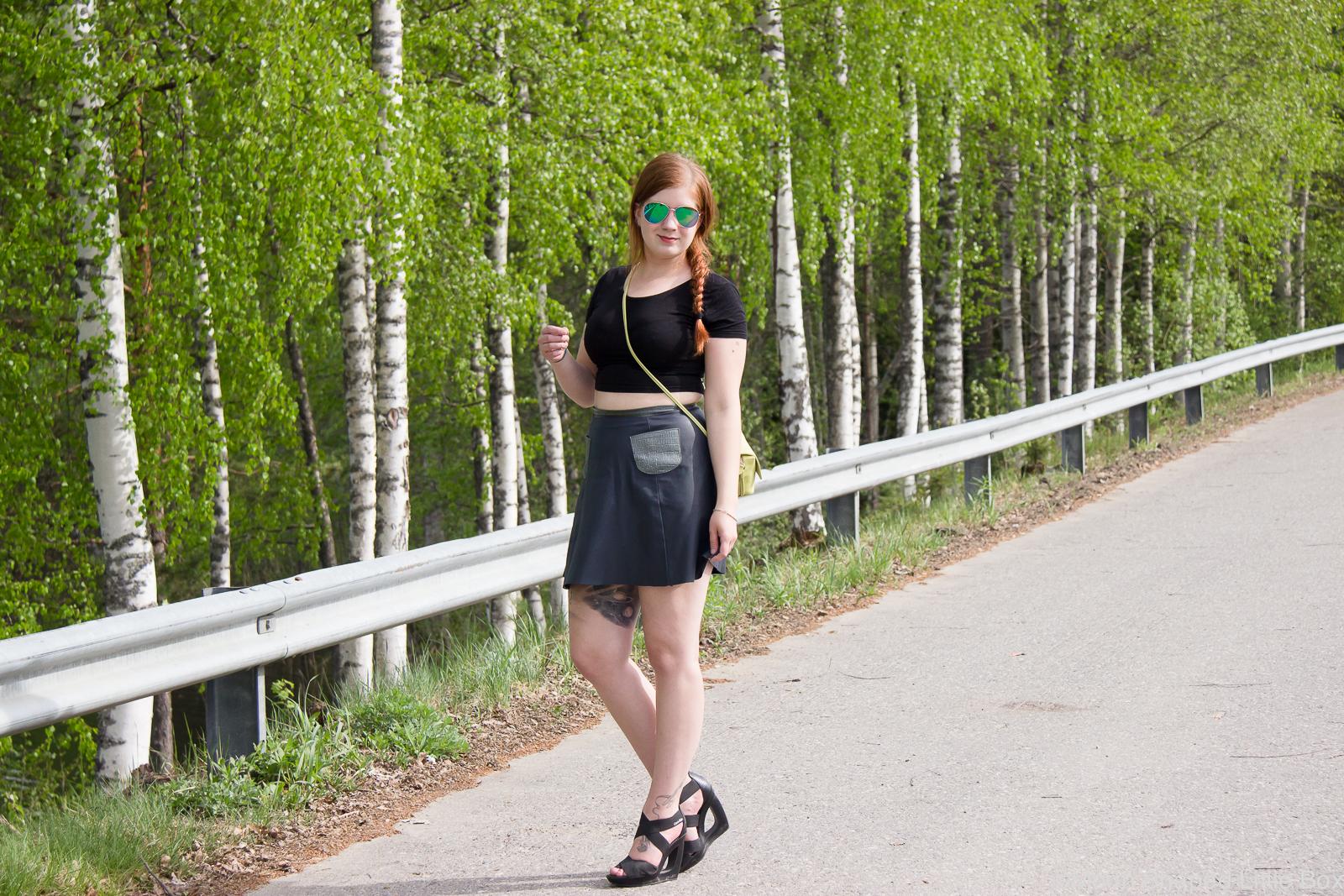 Outfit_Calvin_Klein_Heels_Leatherskirt-6