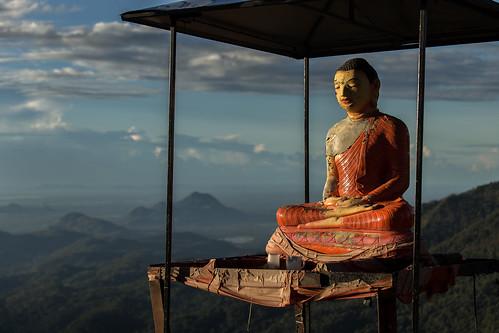 srilanka asia canon littleadamspeak buddha statue sunrise sun clouds mountains ella