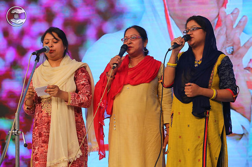 Devotional song by Shikha and Saathi from Mirzapur
