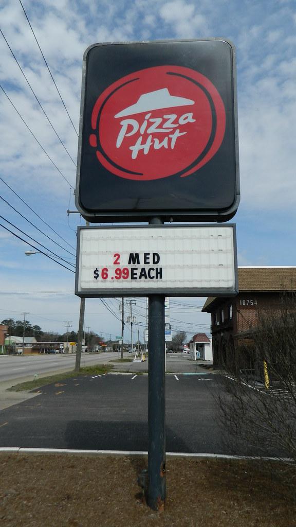 Pizza Hut Sign Pizza Hut 4554 1864 Square Feet 10744 J