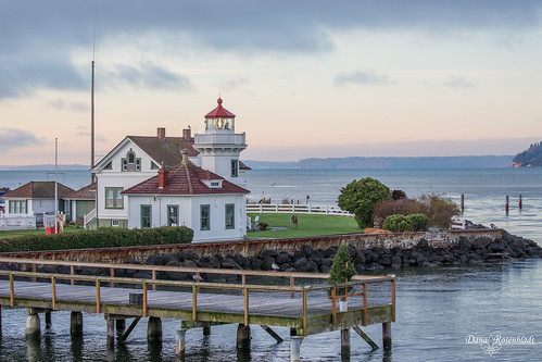 lighthouse mukilteo pugetsound sunrise washington unitedstates us