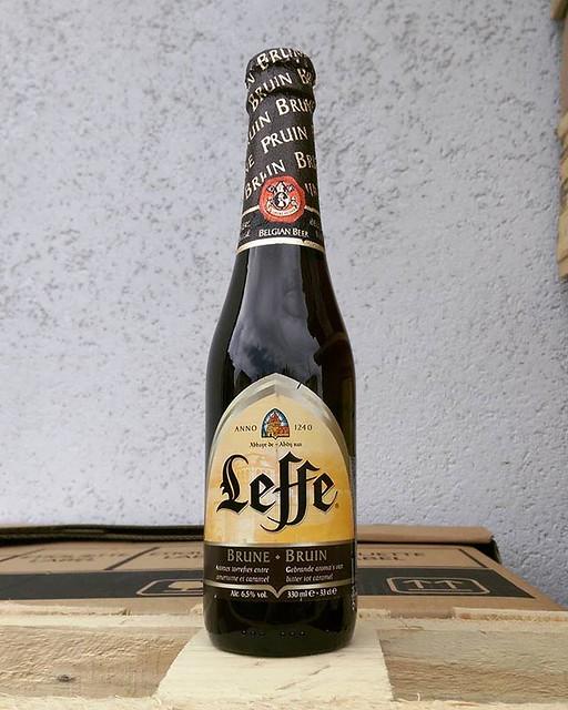 #Leffe #brune #beer by @leffe_belgium #leffebrune #abbeybeer #leffebruin #belgianbeers #Belgian #belgianbeer #belgium #belgiumbeer #instabeer #beerstagram #beergram #beers #bier #biere #darkbeer #beerme #beerpics #lovebeer #ilovebeer #beerporn #пиво #бель