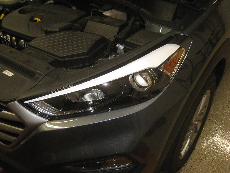 2016-2018 Hyundai Tucson SUV - Headlight Housing - Low Bea