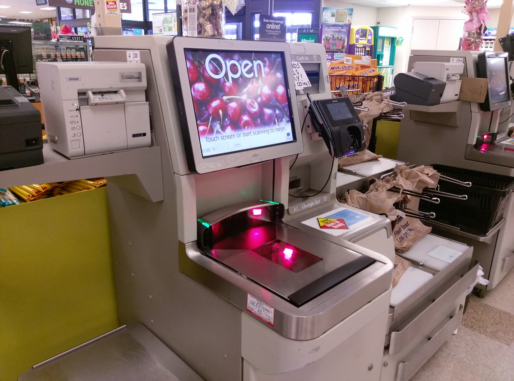 Attirant ... Jackson TN Kroger Self Check Station | By L_dawg2000