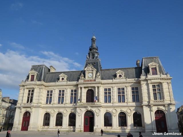 Poitiers - Hôtel de Ville