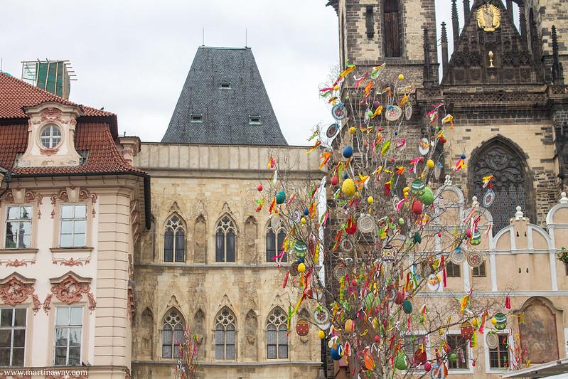 Piazza della Città Vecchia e Casa alla Campana di Pietra, Staré Město