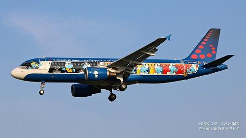 oosndbrusselsairlinesairbusa320214belgianiconsthesmurfsspecialcolours aviationphotography planesspotting landing aereoportodimilanolinate newspeciallivery oosnd thesmurfsspecialcolours aerosmurf