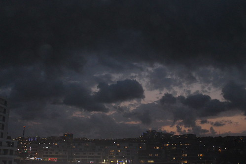 dark skies darkskies darksky skyline clouds cloud cloudysky cloudy weather durban southafrica south africa umhlanga kwazulunatal travel travelling s sun sunlight sunset