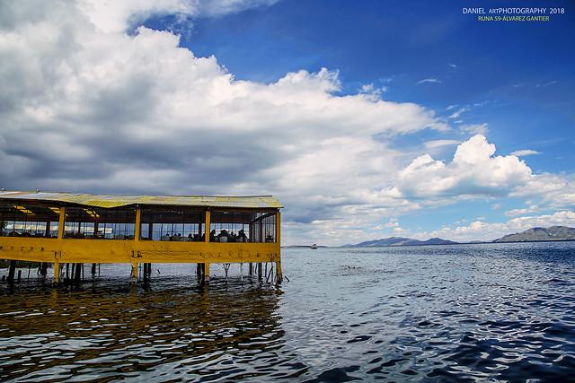 Restaurante en el Lago