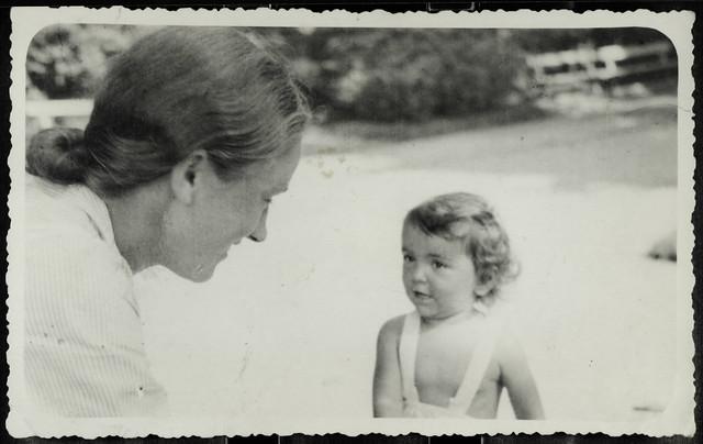 Archiv Hel034 Tante Maria, 1930er