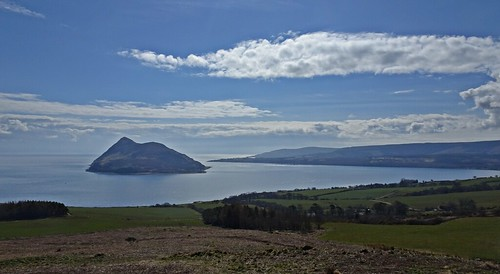 arran bricheno lamlash dunfionn clyde firth holyisle clouds scotland escocia schottland écosse scozia escòcia szkocja scoția 蘇格蘭 स्कॉटलैंड σκωτία