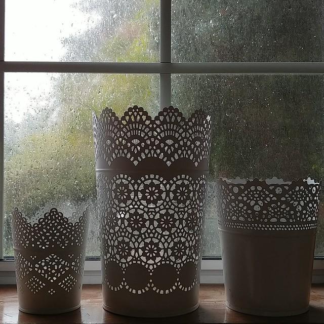 #happyeaster & #aprilfools, it's #raining #bunniesandchicks!#hejikea #ikea #lace #bucket #lantern #candleholder #windowsill #windowledge #bedroom #window #spring
