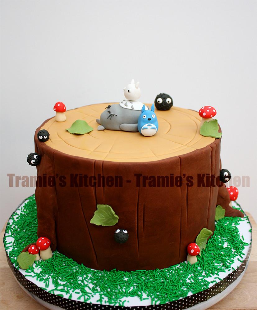 Amazing Totoro Birthday Cake Tramies Kitchen Flickr Funny Birthday Cards Online Aeocydamsfinfo