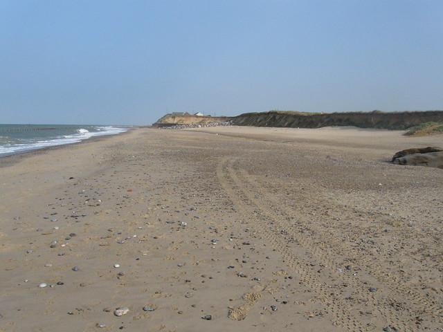 The coast north of Eccles-on-Sea