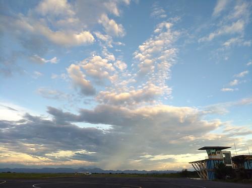 aeropuerto airport ibagué colombia américa america sunset moon sky cielo atardecer