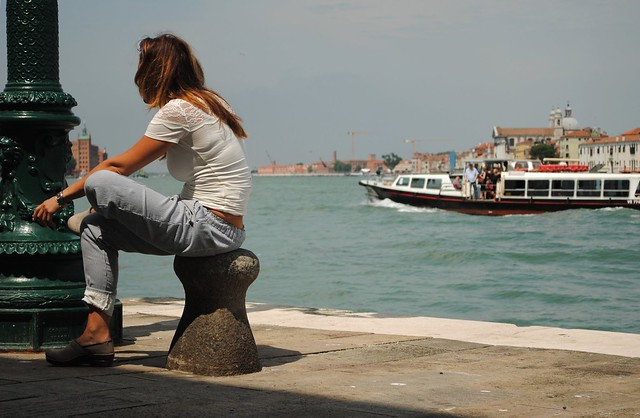 Barista veneziana in pausa