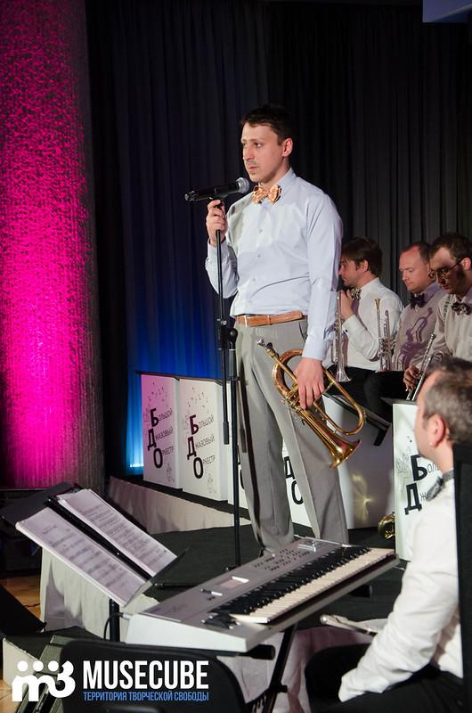 Большой джазовый оркестр-067
