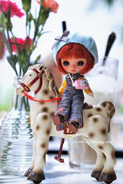 Hee yah!!!  Giddy up little horsey......