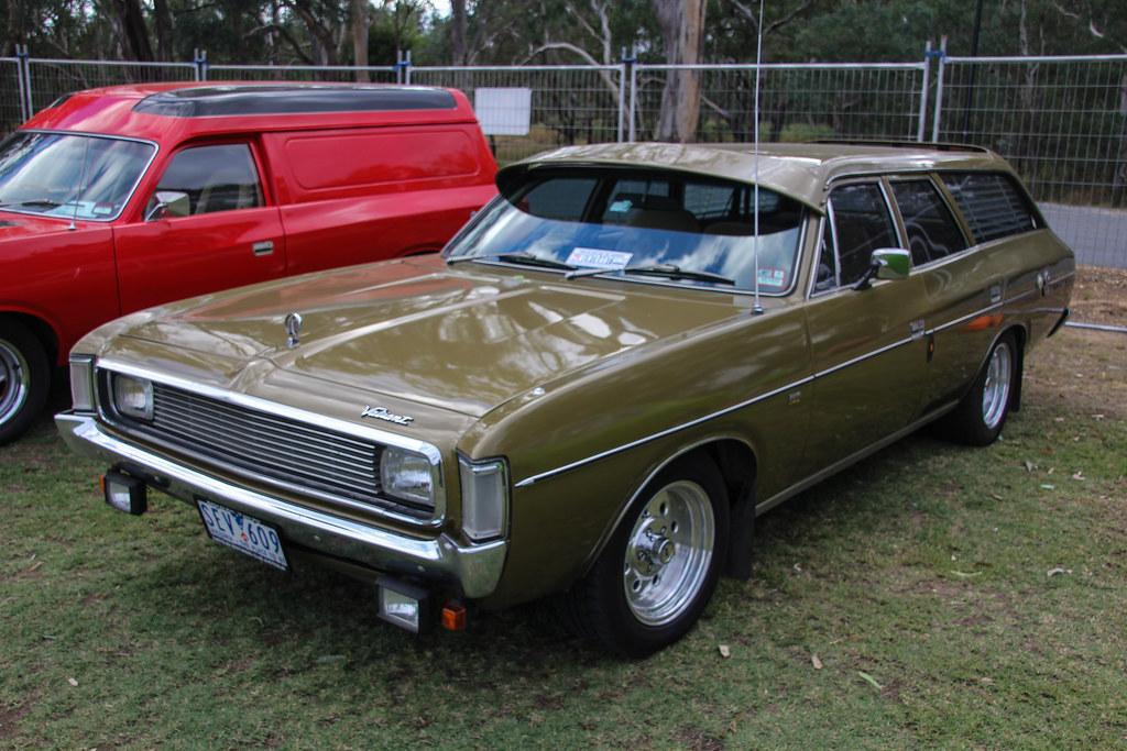 1972 Chrysler VH Valiant Regal station wagon | 1972 Chrysler