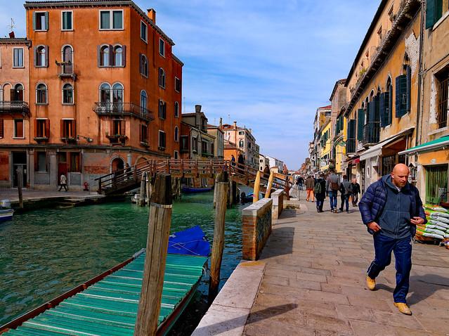 Venice / Ponte Loredan / Fondamenta Madonna dell'Orto : Rio Madonna dell'Orto