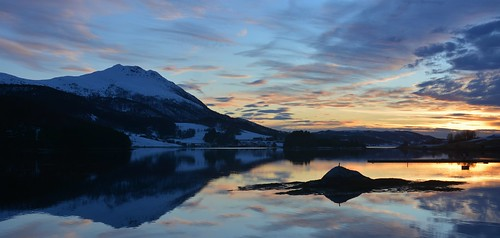 møreogromsdal martinystenes valsøy nordmøre vinjefjorden hemne vestlandet fjord