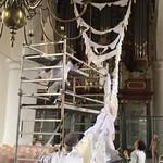 """Proefhangen van """"BOVEN HET MAAIVELD"""" Grote Kerk Leeuwarden, 3-2018"""
