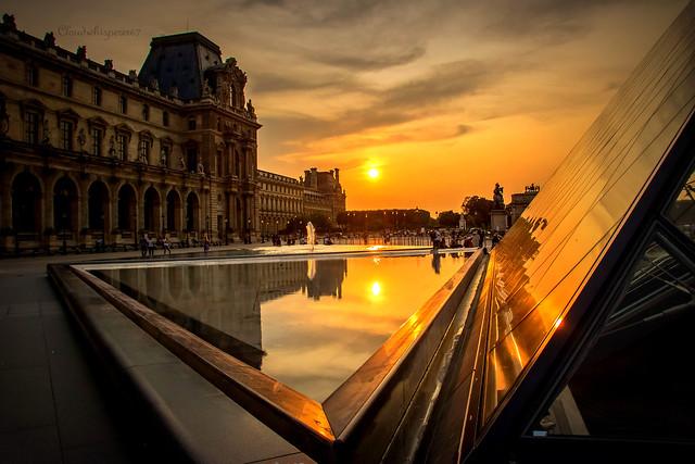 Sun of Paris - Le Louvre
