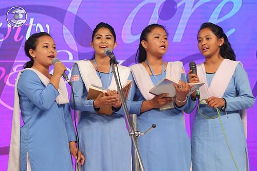 Devotional song by Sewa Dal volunteers