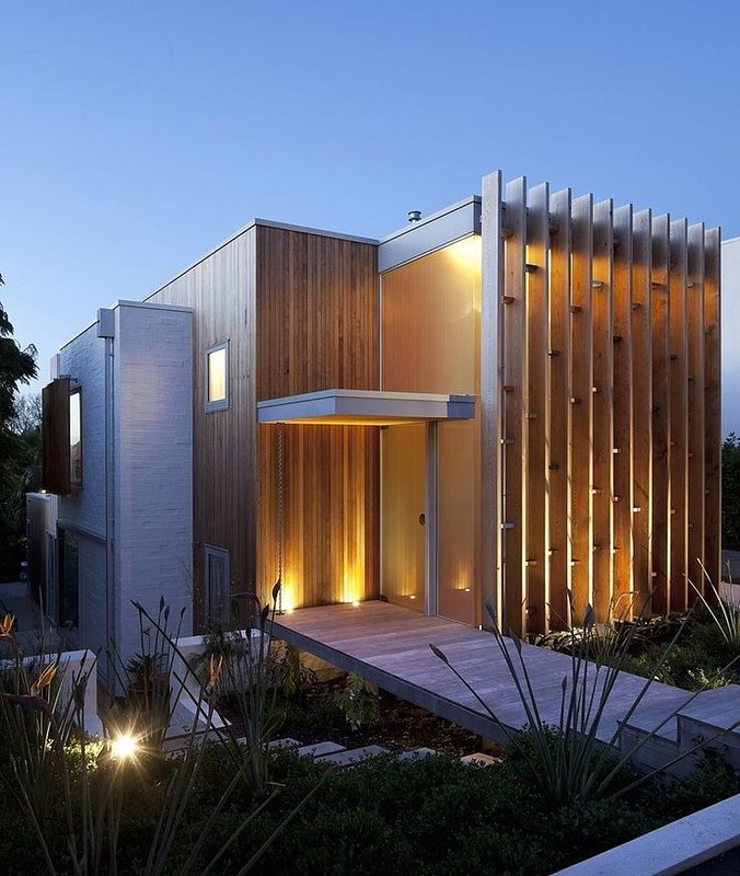 Modern House Design : Brown Vujcich House by Bossley Architects