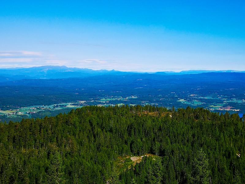 08-Utsikt mot Holleia fra Vestre Gudbrandstjernsåsen