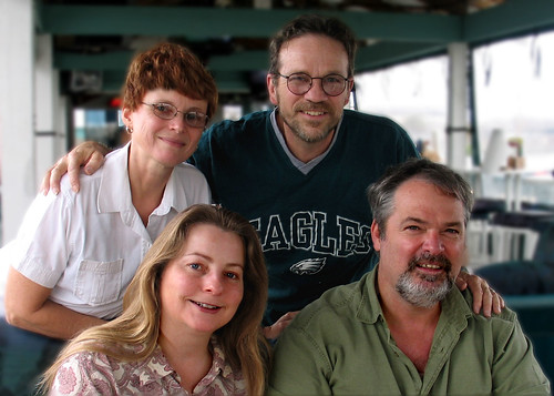Cathy Lewis, Bud Buckley (T), Pam and Davis Turner