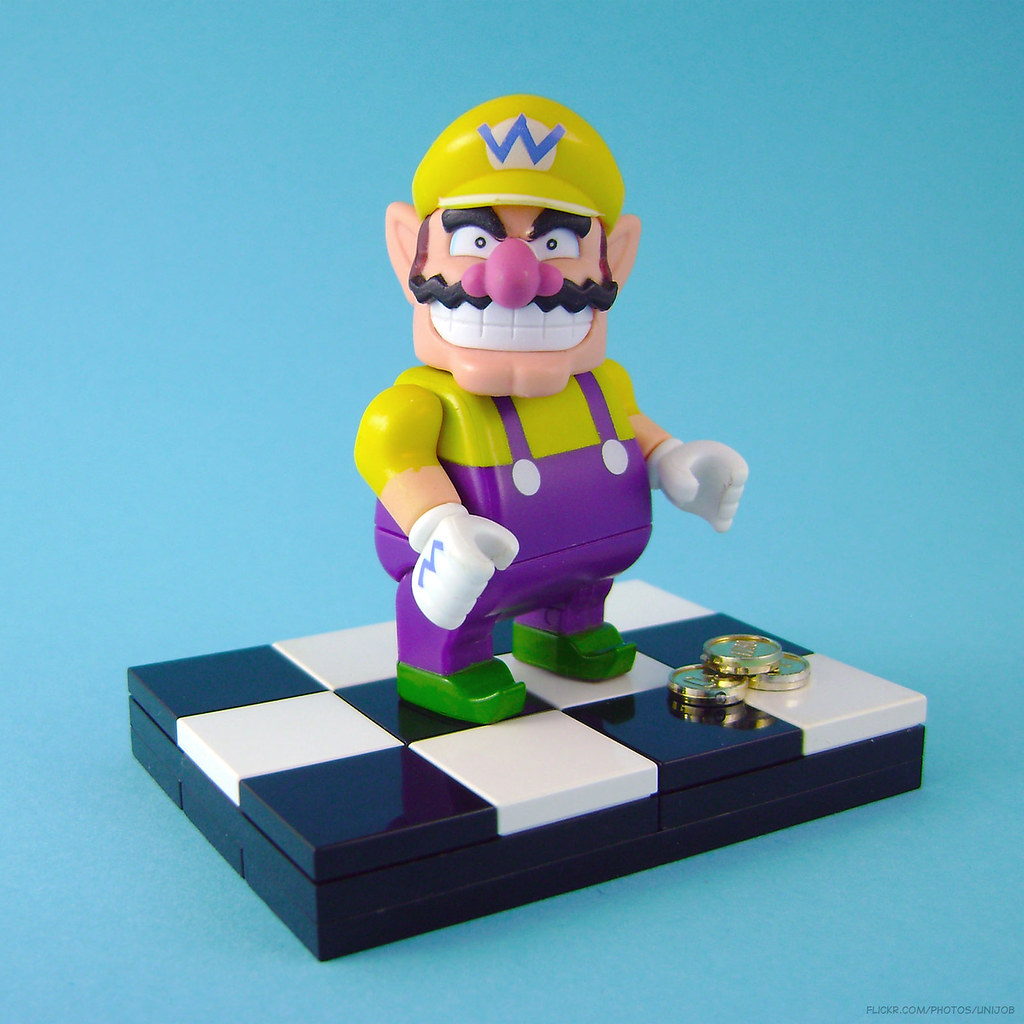 Wario figure from K'nex (Lego compatible) | Another old phot