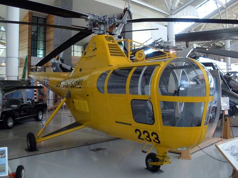 Sikorsky HOS3-1G Libélula 2
