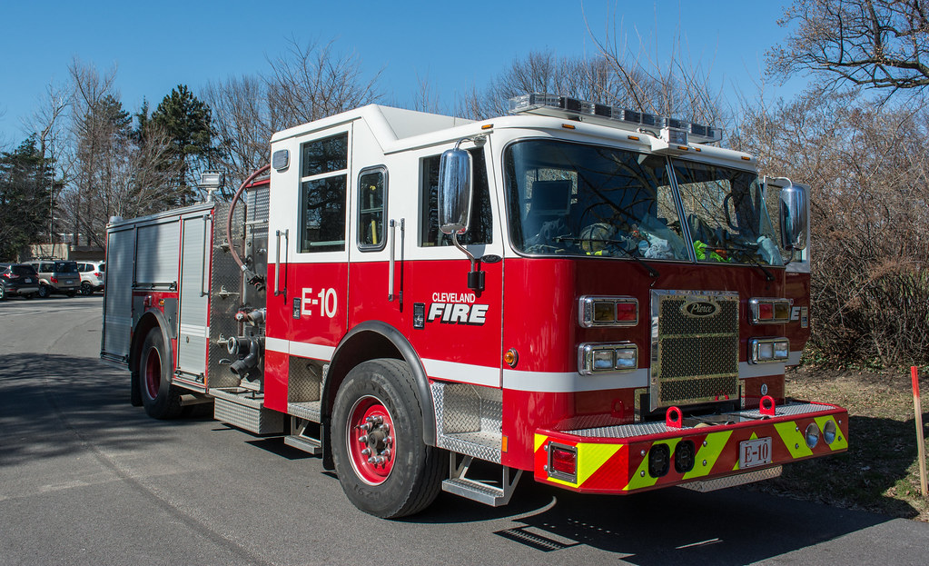 Engine 10 - Cleveland Division of Fire
