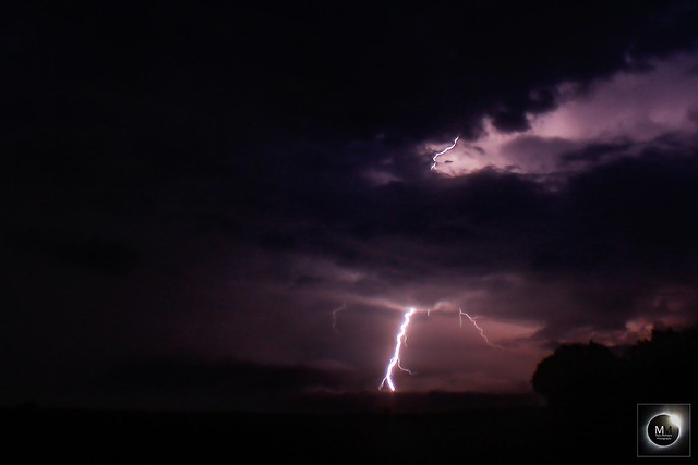 Lightning 22:43 BST 31/05/18