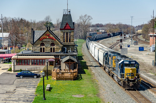 csx trains railroad berea bereauniondepot station landscape