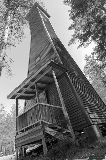 Lookout tower B/W