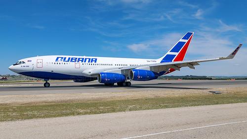 Cubana Ilyushin IL-96 CU-T1251