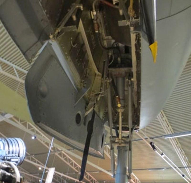 Saab J-21 R 5