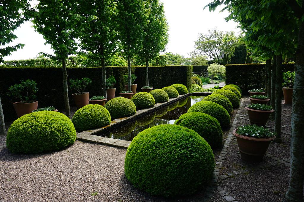 Wollerton Old Hall Gardens